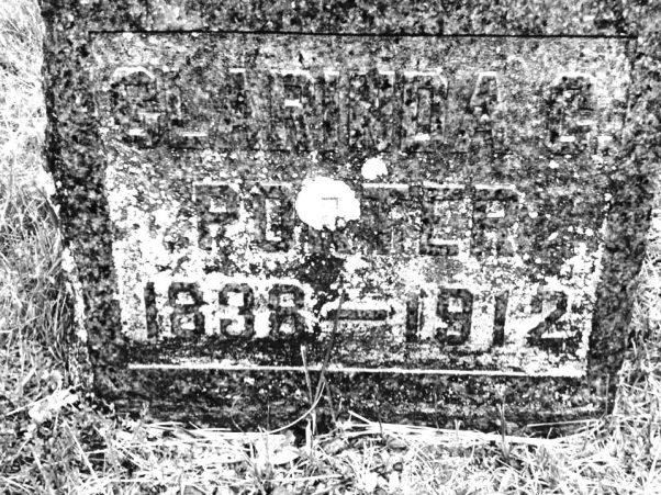 Clarinda (Short, Barber) Porter Tombstone