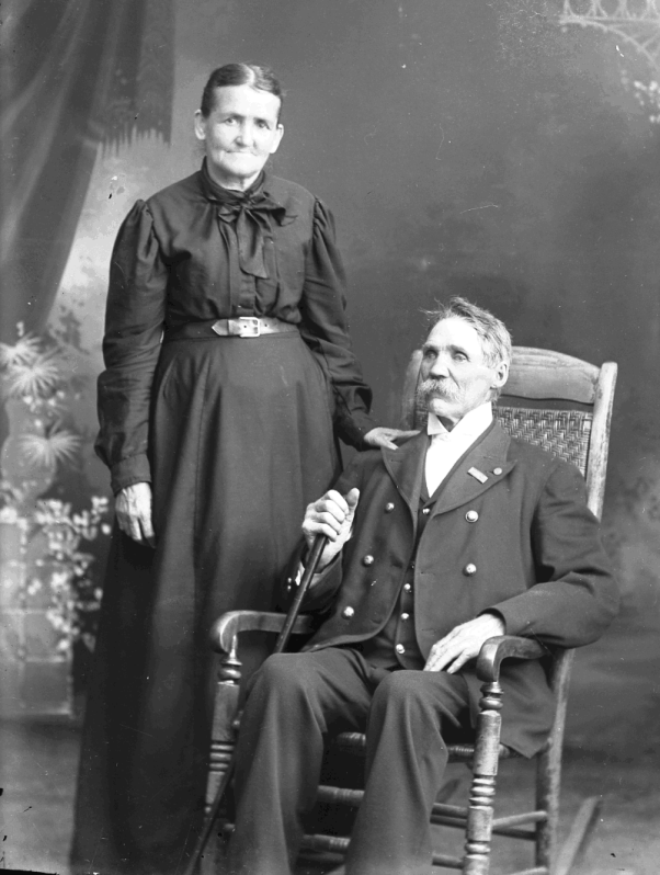 Donated by Huron Shores - Judy Sheldon In the INDEX TO ARG EMERY GLASS NEGATIVES COLLECTION 1890-1905 Part  #1 osco County Michigan Collection Baker, Francis   Older man & older women   As-Be  4690