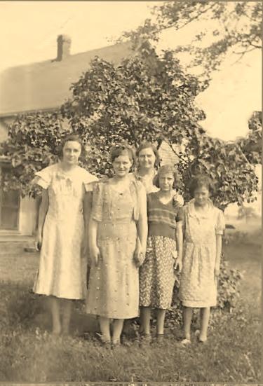 Dorthy Dickson, Viola Nickerson -  Mildred, Josephine, Viola Scheetz Front